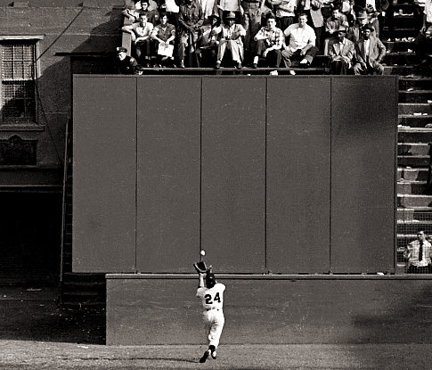 alg_willie_mays_catch.jpg
